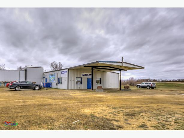 180 Service Road, Central Butte