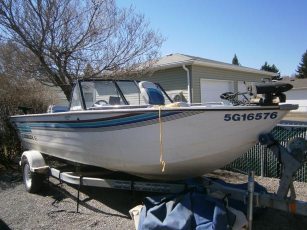 19 ft 1995 lowe deep v ski and fishing boat 150 hp 2 for Deep v fishing boats