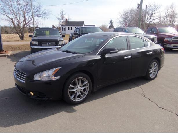 WOW 2010 NISSAN MAXIMA !! HEATED BLACK LEATHER !! SUNROOF !!