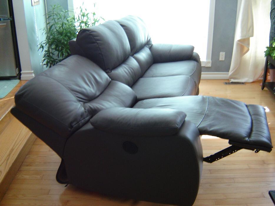 Palliser Sinclair Power Reclining Leather Sofa And