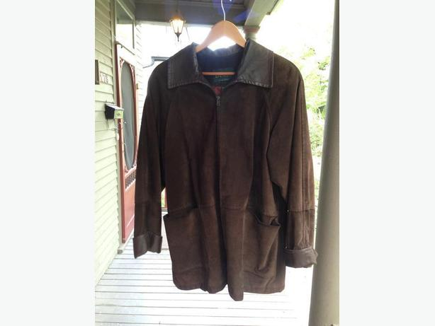Suede car coat; size small/medium *LIKE NEW*