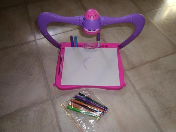 Princess View Finder Drawing Board