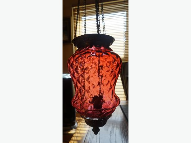 4U2C ANTIQUE CRANBERRY GLASS CHANDELIER WITH GLASS OIL LAMP INSIDE