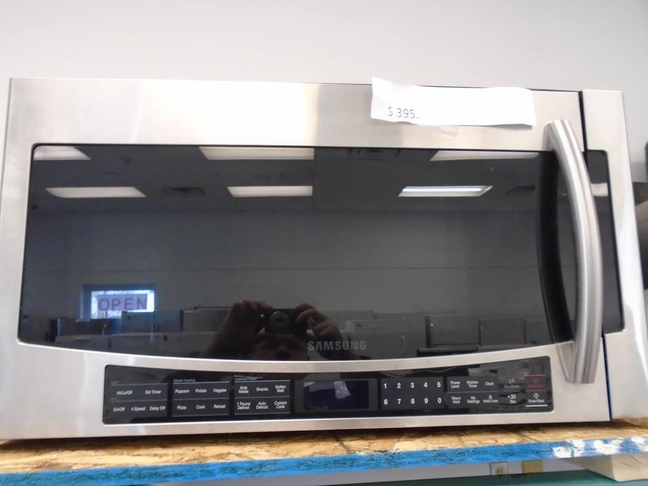 large samsung microwave micro onde samsung central ottawa inside greenbelt ottawa. Black Bedroom Furniture Sets. Home Design Ideas