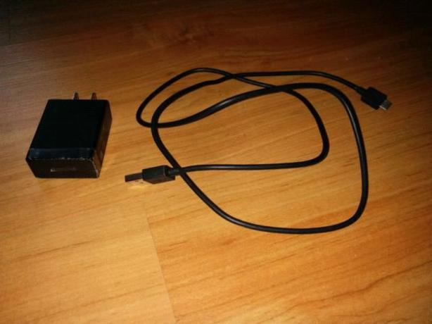 FS: OEM Sony EP880 usb charger