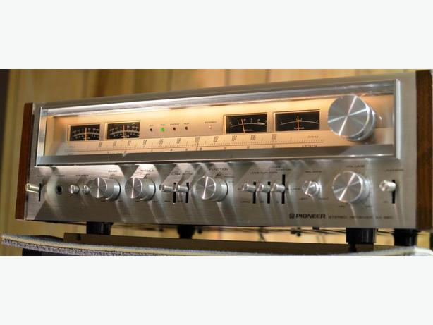 CLASSIC PIONEER SX-880 STEREO RECEIVER AMP AMPLIFIER *BEAUTY*