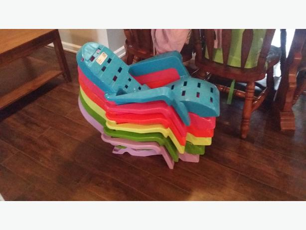 Awesome Kids Plastic Lounge Chairs
