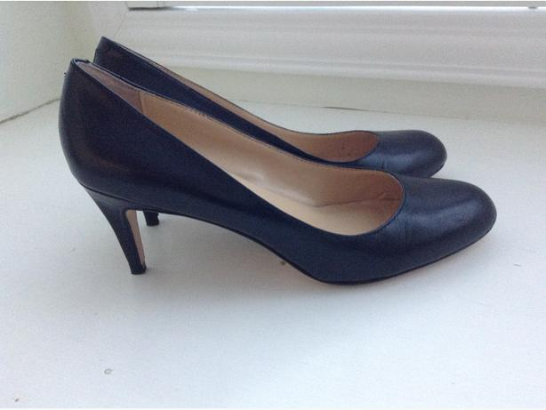 Black dress shoes shoes 7.5