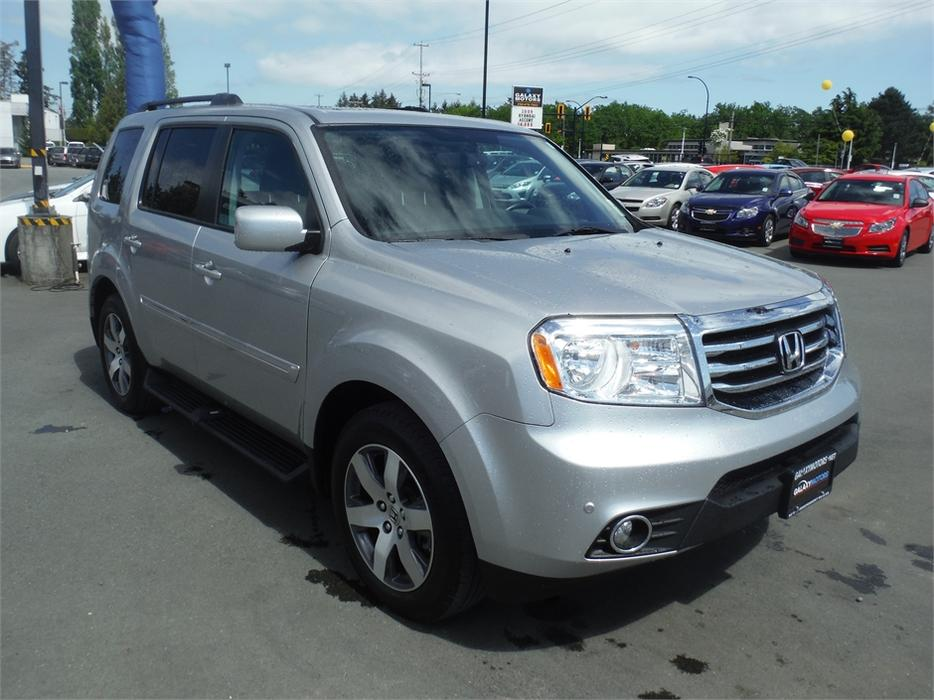 2014 honda pilot touring 8 passenger leather bluetooth west shore langford colwood. Black Bedroom Furniture Sets. Home Design Ideas