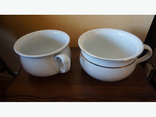 4u2c PAIR ANTIQUE CHAMBER POTS, one is Royal Ironstone, Alfred M