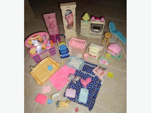 Dolls Furniture, Dolls, Clothing and Accessories