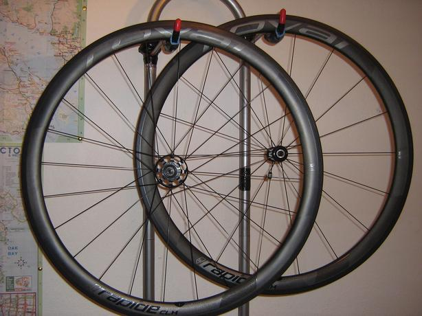 Carbon Clinchers