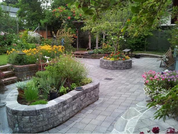 Landscaping - Living Stones Inc.