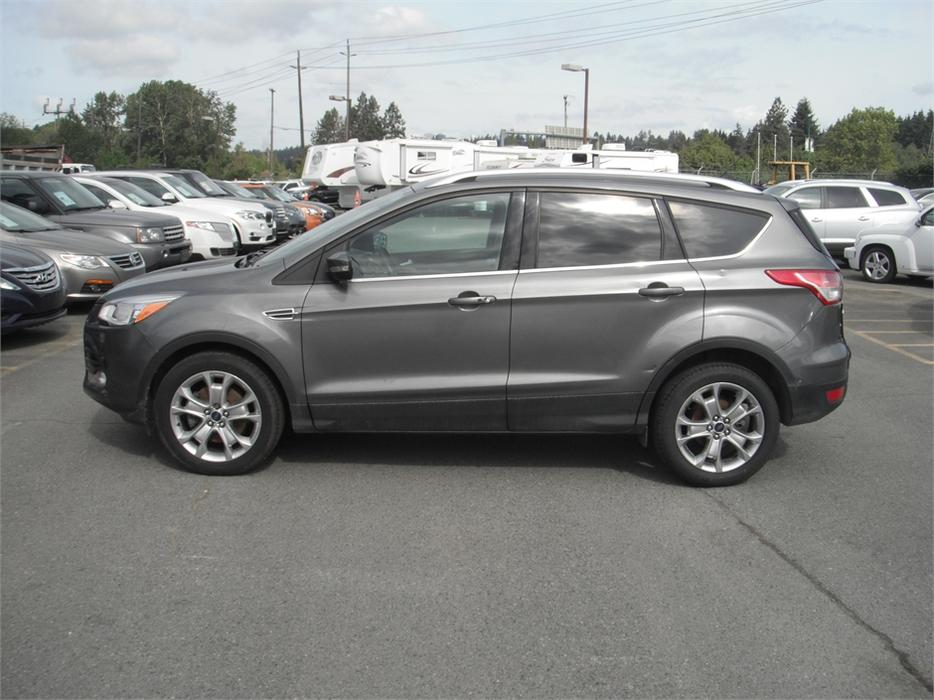 2014 ford escape ecoboost titanium 4wd outside comox valley comox valley mobile. Black Bedroom Furniture Sets. Home Design Ideas