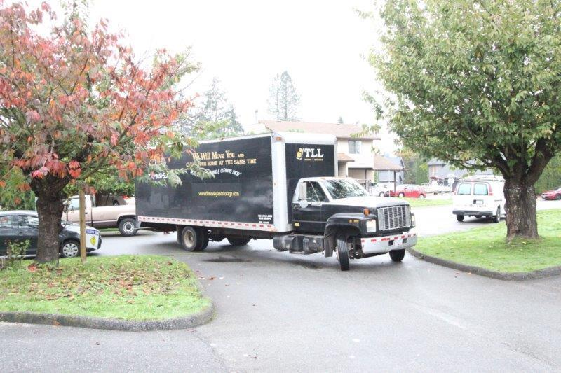 tll moving and storage moving services for surrey bc surrey incl white rock vancouver. Black Bedroom Furniture Sets. Home Design Ideas