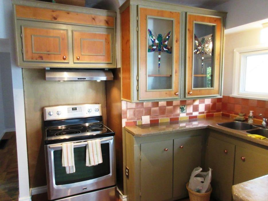 Free Upper And Lower Kitchen Cabinets Counter Top Etc