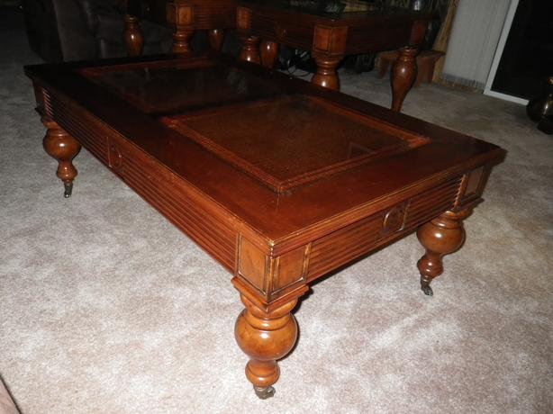 Coffee table 2 end tables outside nanaimo parksville for Coffee tables 24 high