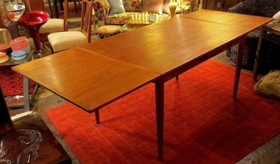 Mid Century Solid Teak Extendable Dining Table VisaMCard  : 52676791934 from www.usedottawa.com size 934 x 547 jpeg 86kB