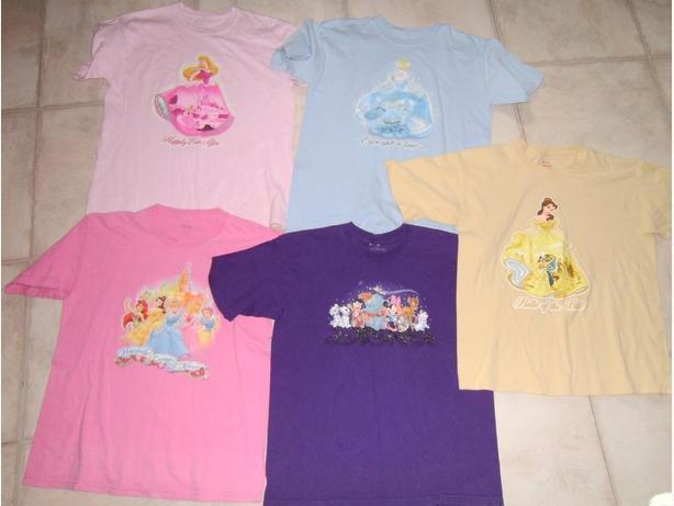 5 Disney T-Shirts Sizes L (10/12)
