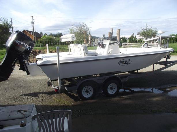 21FT RINALLI BAY BOAT MINT MUST SEE
