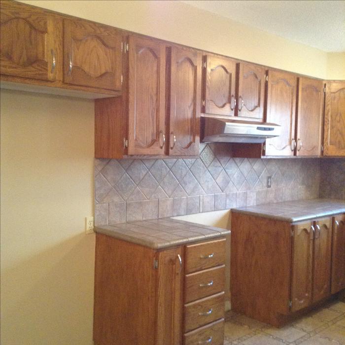 Kitchen cabinets oak gatineau sector quebec ottawa for Kitchen cabinets ottawa