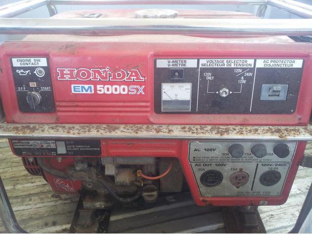 HONDA 5000 WATT GENERATOR EM5000SX
