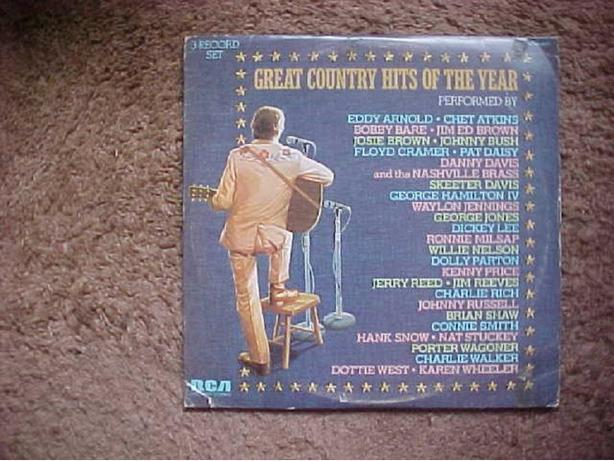 GREAT COUNTRY HITS OF THE YEAR 3 RECORD SET