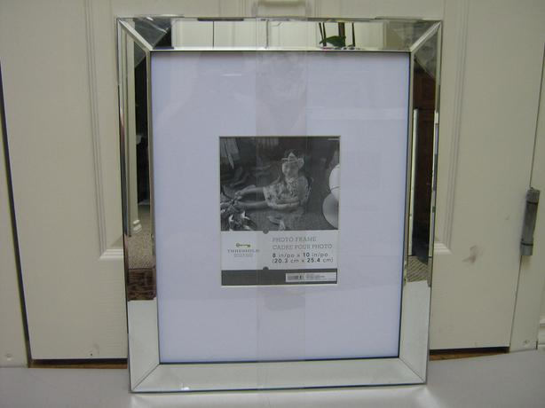 FRAMES - MIRRORED EDGE PICTURE FRAMES ... NEW