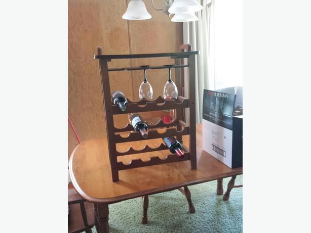 wine rack with tray