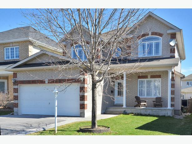 Stunning 6 Bedroom Home For Rent In Timbermere Stittsville Central Ottawa In