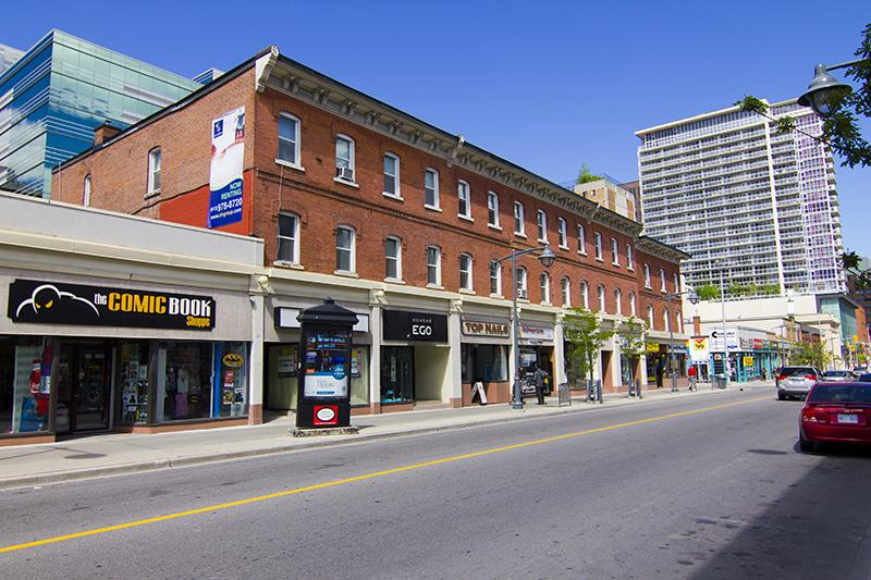 Bachelor Apartment Available In The Heart Of Centretown