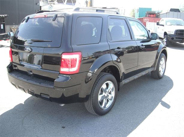 2012 ford escape xlt fwd outside comox valley comox. Black Bedroom Furniture Sets. Home Design Ideas