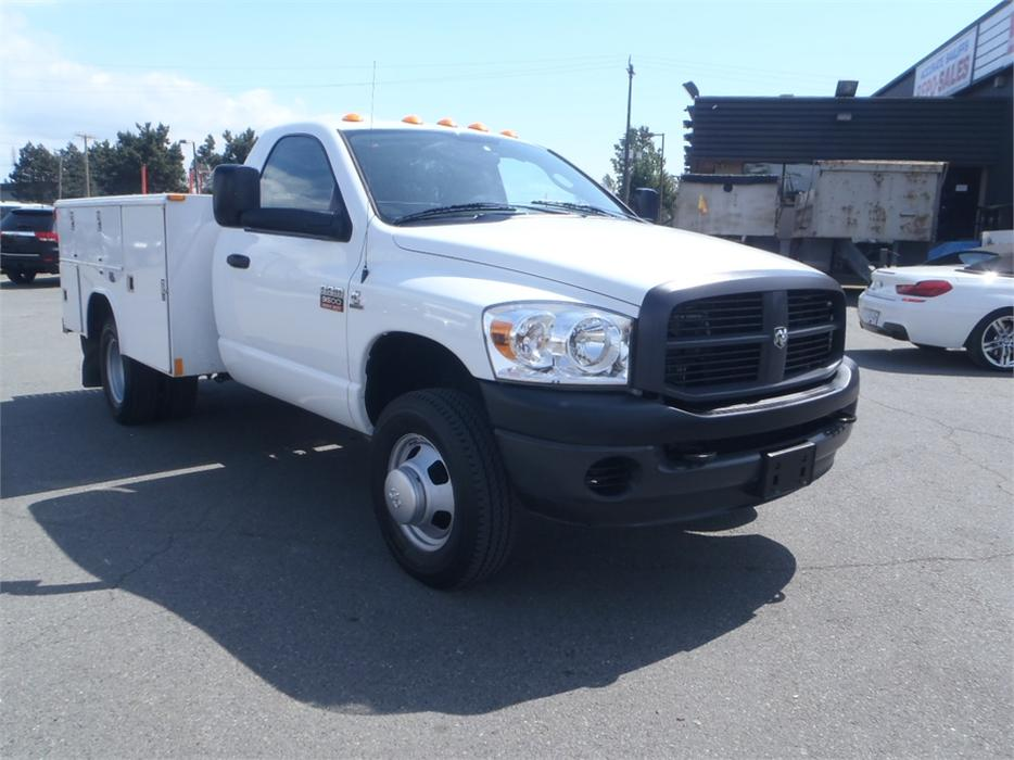 2008 dodge ram 3500 regular cab dually with service box diesel 2wd outside cowichan valley. Black Bedroom Furniture Sets. Home Design Ideas
