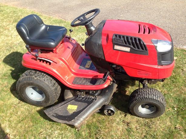 Craftsman Lt 2000 19 5hp 42 Quot Lawn Tractor Stratford Pei