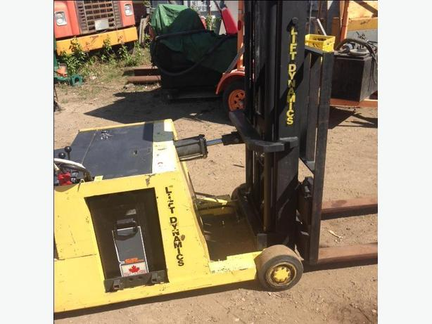FORK LIFT ELECTRIC