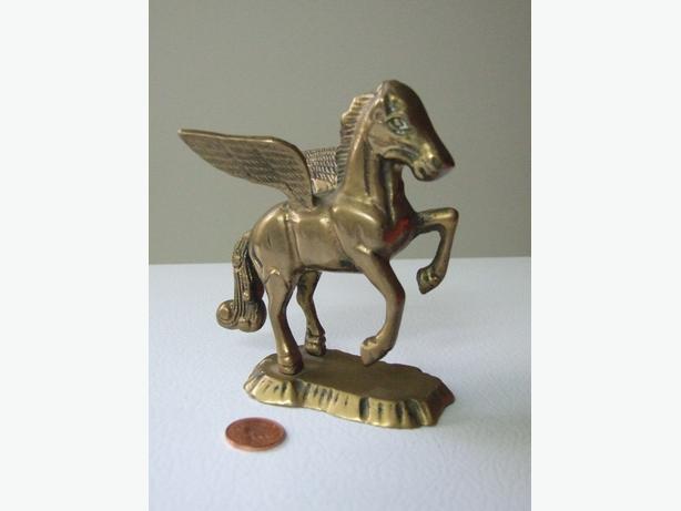 vintage Solid Bras Pegasus figurine