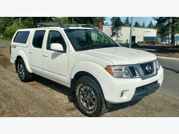 2015 nissan frontier pro 4x only 4275kms matching canopy outside victoria victoria. Black Bedroom Furniture Sets. Home Design Ideas
