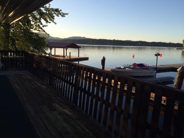 Shawnigan Lake vacation rental- may-sep nightly or weekly!