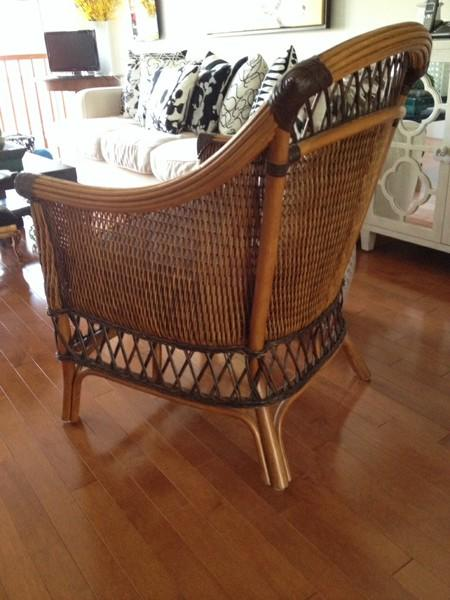 Pier 1 Wicker Chairs Nepean Gatineau Mobile