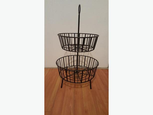 TWO TIER METAL BASKET