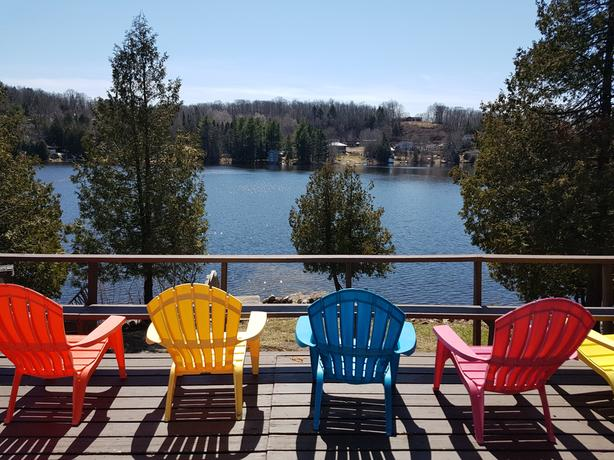 SEPTEMBER AVAILABILITY-25 Minutes to Downtown Ottawa - Lake Side Cottage