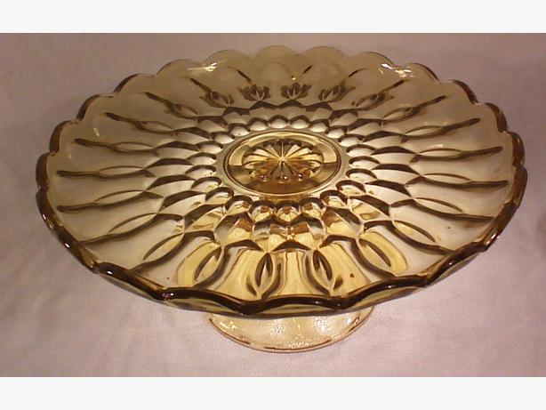 Anchor Hocking Fairfield-Amber cake stand