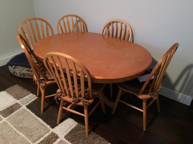 Oak Kitchen Table And 6 Chairs Surrey (incl. White Rock