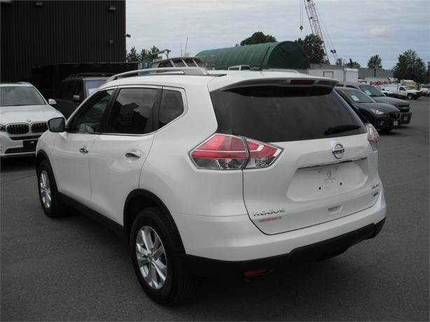 2015 nissan rogue sv awd outside comox valley campbell river mobile. Black Bedroom Furniture Sets. Home Design Ideas