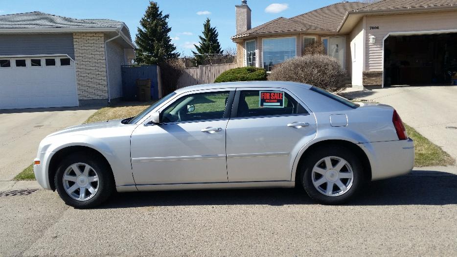2005 Chrysler 300 North Regina Regina