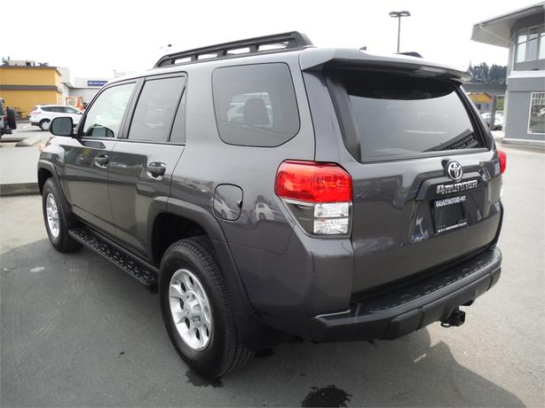 2011 toyota 4runner sr5 trail edition 4wd backup camera. Black Bedroom Furniture Sets. Home Design Ideas