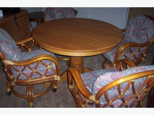 Good Quality Used Furniture Outside Comox Valley