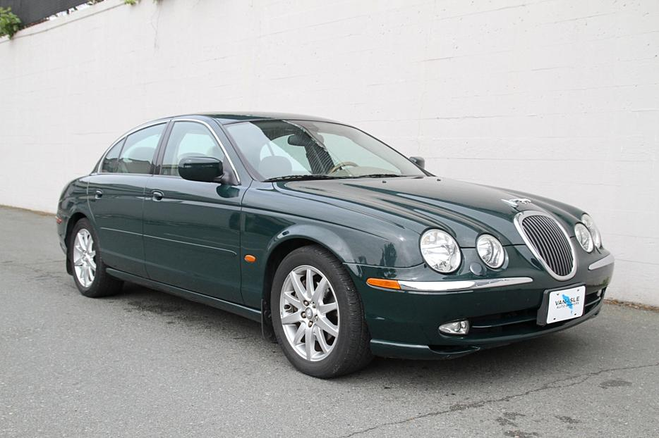 2000 jaguar s type only 107000km outside cowichan valley. Black Bedroom Furniture Sets. Home Design Ideas
