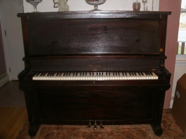 Morris Listowell Piano