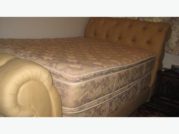 Double Bed, padded bed